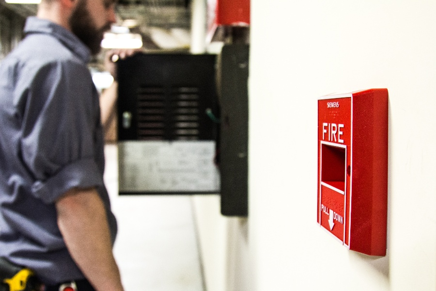 CONVENTIONAL OR ADDRESSABLE FIRE ALARM SYSTEMS – WHICH ONE SHOULD YOU CHOOSE FOR YOUR BUSINESS?