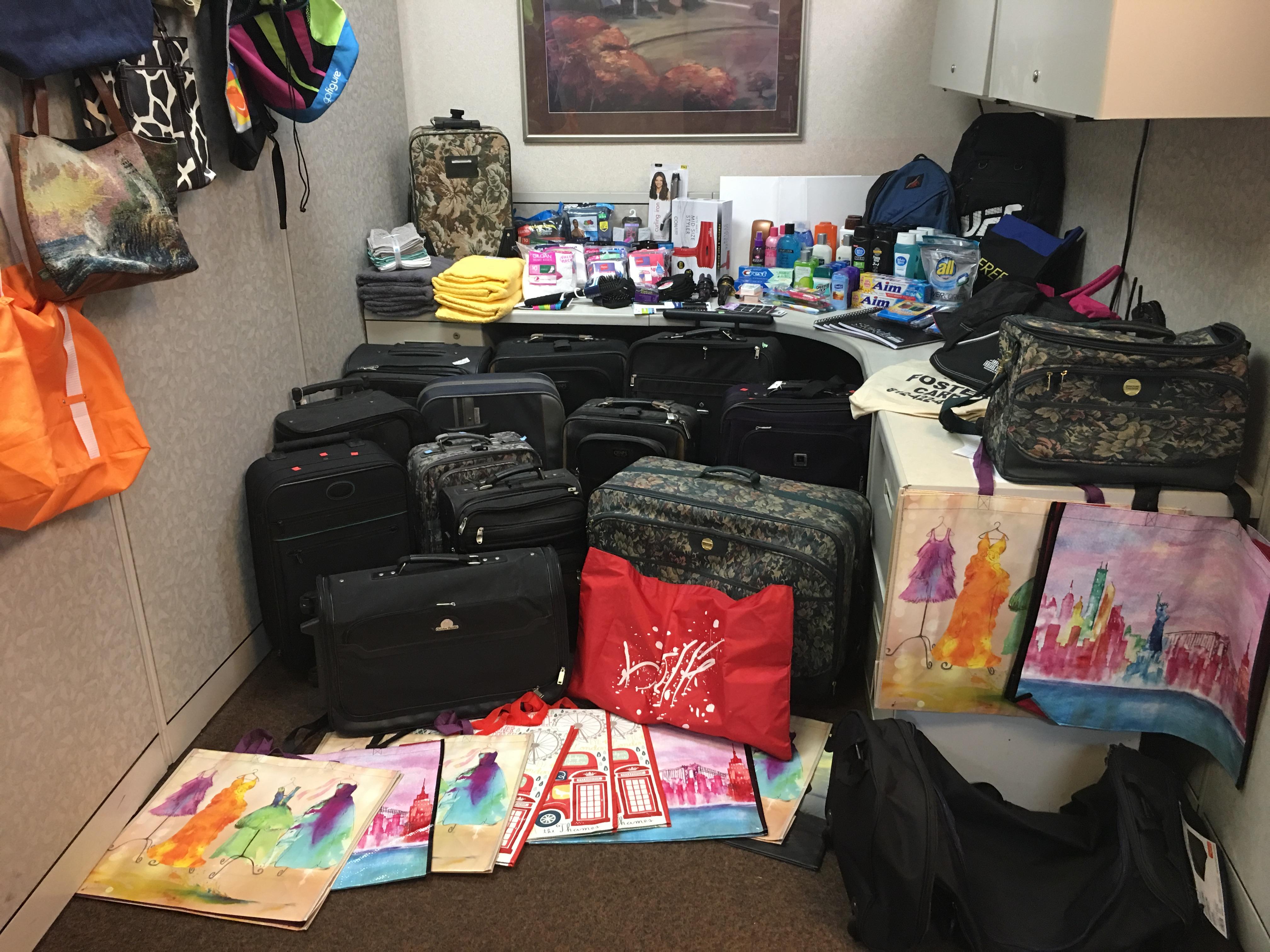 Koorsen Evansville Branch - Luggage Donation Drive 2017